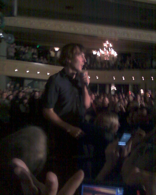 Thomas Mars, now in Blurryvision.