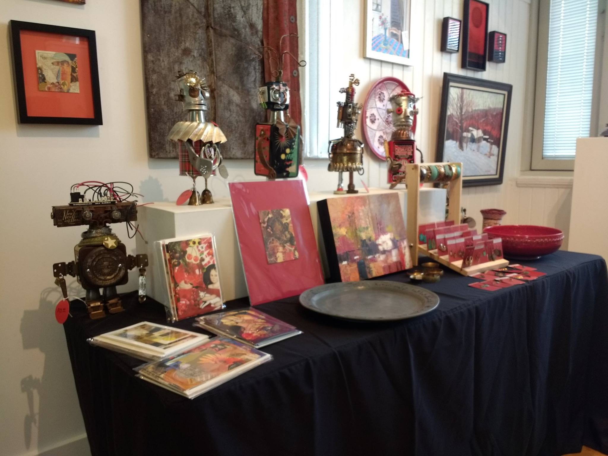 Holiday Market at the Arts Center ~ Community Arts Center, Danville, Kentucky ~ November 17 to December 23, 2017